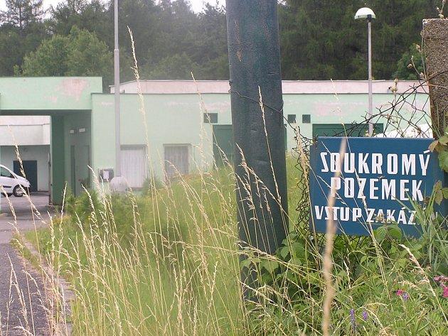 Krematorium Tranquillitas Bohemia, kam byl z nemocnice Na Bulovce převezen kyčelní kloub Václava Klause.