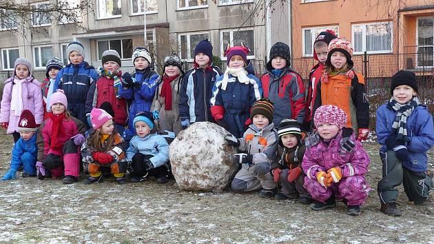 Dětem mrazivé počasí nevadí.