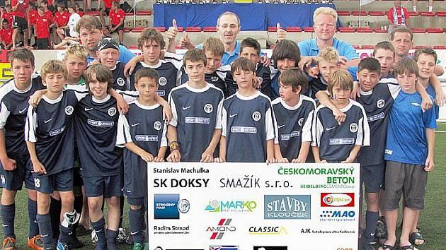 Žáci SK Kladno, vítězové mezinárodního turnaje v Barceloně.