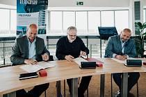 Podpis memoranda mezi městem Kladnem, fakultou ČVUT a Středočeskými vodárnami.