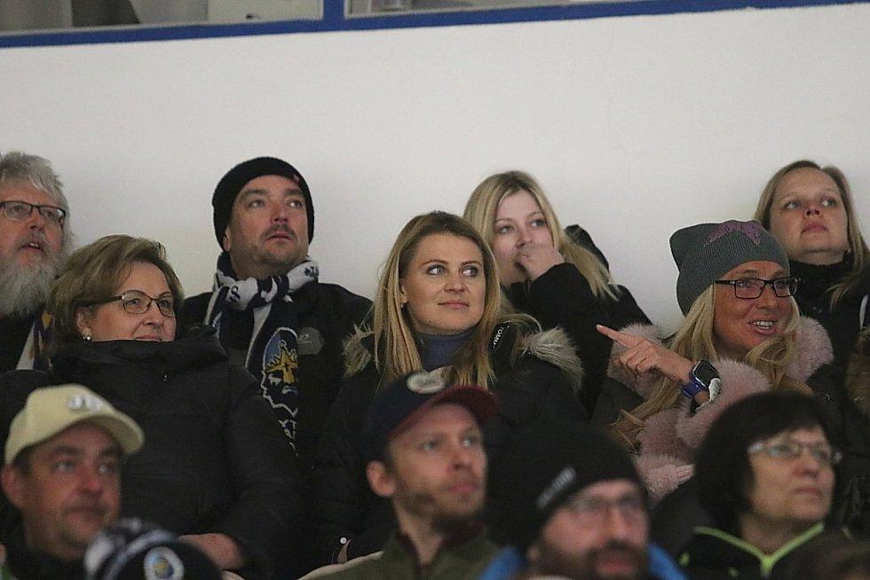 Hokejová Chance liga: Rytíři Kladno - HC Slovan Ústí nad Labem 3:2. V hledišti byla i Lucie Šafářová, přítelkyně Tomáše Plekance.