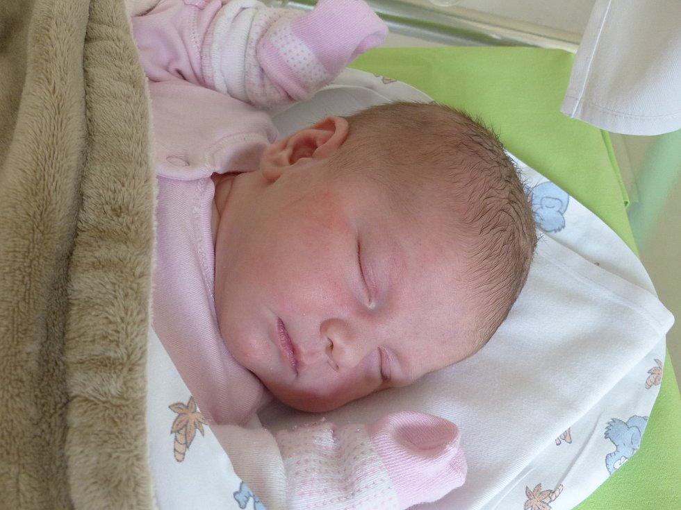 Madlen Šoltová se narodila 7. února 2021 v kolínské porodnici, vážila 4005 g a měřila 48 cm. Do Radovesnic II odjela se sourozenci Sandrou (17), Dominikem (15), Viktorem (6) a rodiči Janou  a Radkem.