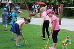 Děti soutěžily o dukáty, za které si pak kupovaly odměny.