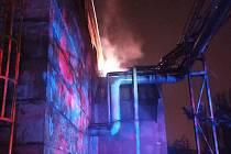 Požár v Poldovce způsobil škodu za sto tisíc korun.