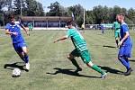 Velvary (v modrém) doma přemohly Loko Vltavín Praha 2:1.
