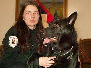 Strážník - psovod Hana Jelínková se Albertem Eldegi