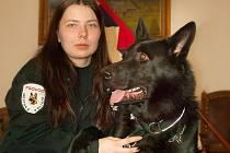 Strážník-psovod Olga Navrátilová a německý ovčák Ben