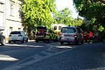 Ve Slaném srazilo auto dívku, zranění jsou vážná.