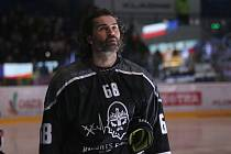 Kladno proti Mladé Boleslavi nastoupilo v úterý 3. března v černých nadačních dresech. Jaromír Jágr