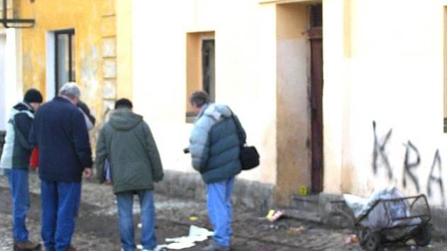 Zlonice jsou stále plné trestné činnosti. lednový výbuch nastražené trhaviny v Purkyňově ulici přivedl vedení městysu k velkým změnám