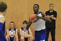 Basketbal: Kadeti (U17) BK Kladno poměřili síly s BK Hořejšek Děčín (11. 10. 2014)