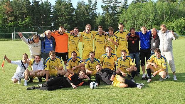 Doksy - Dobřichovice 2:1, I.B. tř. sk. A - 19.6.2010 / Doksy slaví postup do I.A. třídy!