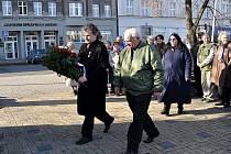 Lidé z Kladenska si ve čtvrtek připomněli Den válečných veteránů.