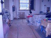 Další fotografie, které si paní Mirka pořídila při výměně oken v jejím bytě.