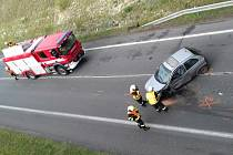 Nehoda u čerpací stanice Shell u Slaného. Ilustrační foto.