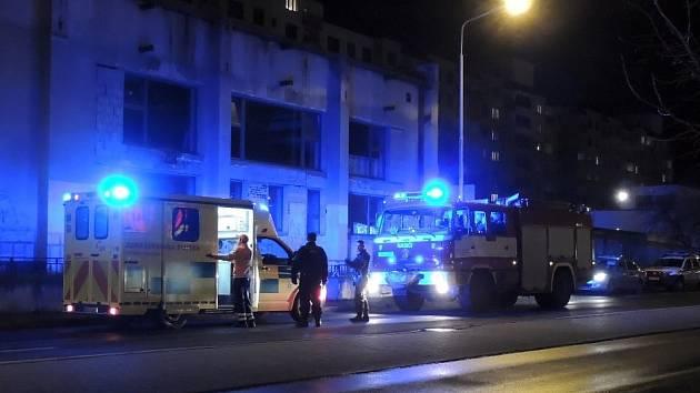 zásah hasičů v Arménské ulici.