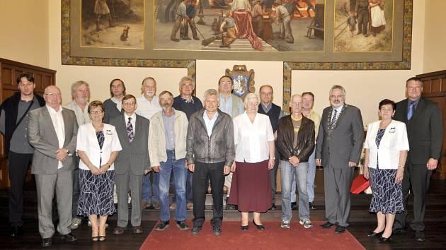 Slavnostní ocenění dárců se konalo v obřadní síni kladenského magistrátu.