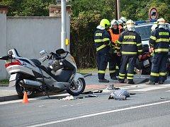 Na silnici u Slaného se srazily v protisměru dvě motorky.