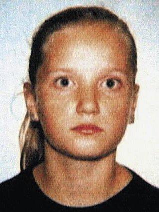 Na Nový rok roku 2004 byla cestou od kamarádky ze sousedního Hospozína brutálně zabita třináctiletá Barbora Němečková (na snímku).