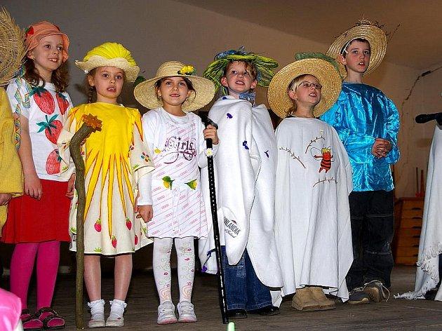 Základní škola v Brandýsku oslavila už 200. výročí.