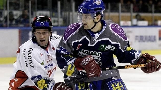 Radek Bělohlav byl jediným střelcem Kladna v utkání v Chomutově.