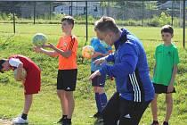 Po rozvolnění antikoronavirových opatření začali s tréninkem i nejmladší žáci SK Kladno.