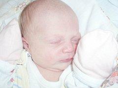 Šarlota Sýkorová, Stradonice. Narodila se 15. května 2013. Váha 2,95 kg, míra 48 cm. Rodiče jsou Veronika Raindlová a Jan Sýkora (porodnice Slaný).