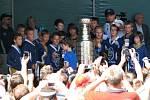 Michael Frolík slavil Stanley Cup v Kladně v Zámecké zahradě.