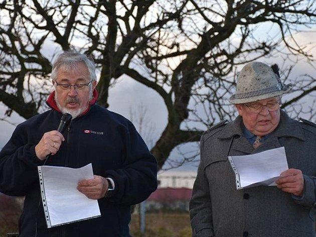 Třetí pietní setkání v aleji Ivo Rubíka ve Slaném na nových Hájích