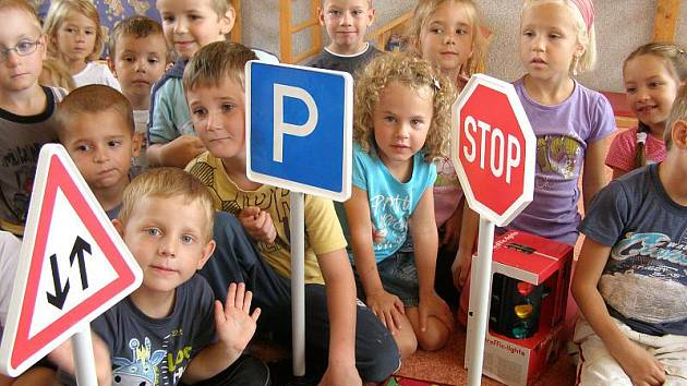 Děti si značky hned chtěly vyzkoušet.