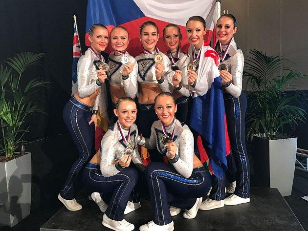 Pro Dancers Kladno byl světový šampionát vHolandsku stříbrný.