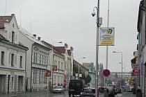 Pětadvacátá kamera umístěná v ulici Gen. Klapálka hlídá také přilehnou Divadelní ulici.