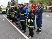 Studenti závody uctili památku Jana Lewinského.