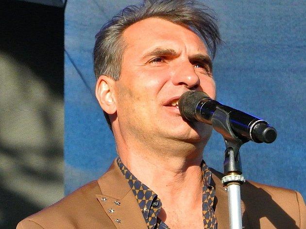 Lídr kapely Mig 21 Jiří Macháček