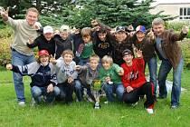 Sedmá třída 12. ZŠ se stala vítězem soutěže Hokejbal proti drogám.