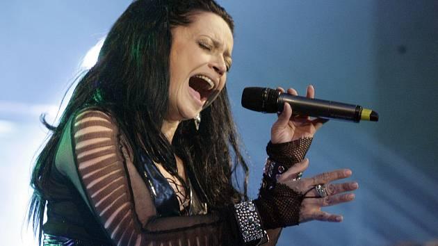 Lucie Bílá řádí s kapelou Arakain při jejich společném turné.