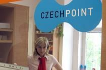 Službu Czech point má občanům usnadnit jednání na úřadech