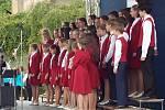 Tradičně byla v poledne zahájena i přehlídka dětských pěveckých sborů // Pietní vzpomínka k 72. výročí vyhlazení obce Lidice