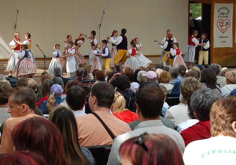 Středočeský folklorní festival - Tuchlovická pouť 2009