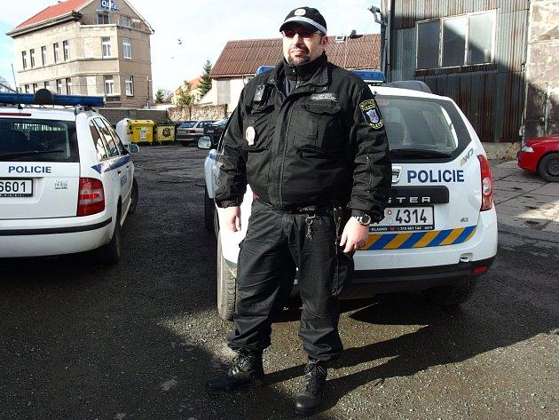NOVÝ OKRSKÁŘ lokality Kladno-Dříň Marek Dunaj. Navázal na práci svého předchůdce a také jeho úkolem bude řešit problémy obyvatel této části města.