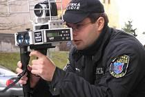 Strážníky s mobilním radarem řidiči v ulicích Kladna ještě nejaký čas nespatří.