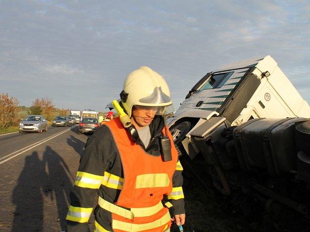 Tragická dopravní nehoda na silnici I/7 u Lotouše
