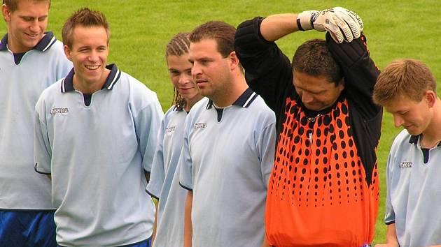 Slánští fotbalisté jsou před zápasem s Velvary obezřetní, ale dobře naladění.