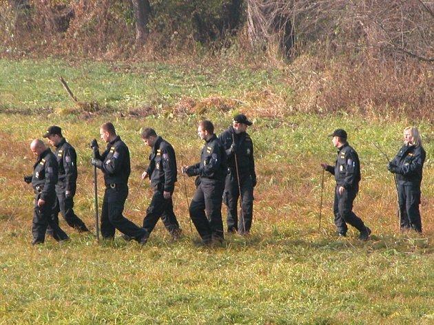 Při hledání pohřešovaných osob pročesává policie nejbližší okolí. Ve zmíněných případech nemá zatím výsledek.