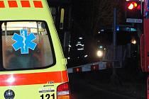 Vlak srazil muže nedaleko železničního přejezdu u silnice mezi Kladnem a Kamennými Žehrovicemi.