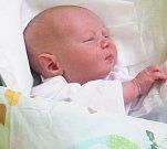 PAVEL RUSŇÁK, KLADNO. Narodil se 8. května. Váha: 3,9 kg, míra 52cm. Rodiče jsou Kateřina a Pavel Rusňákovi. (porodnice Kladno)