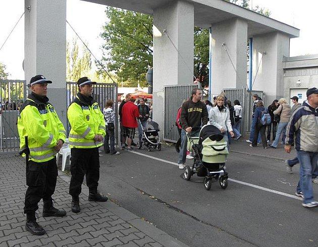 V areálu Sletiště a jeho okolí se bude pohybovat 45 strážníků.