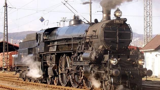 LOKOMOTIVA řady 310-23 bude v Lužné také k vidění.