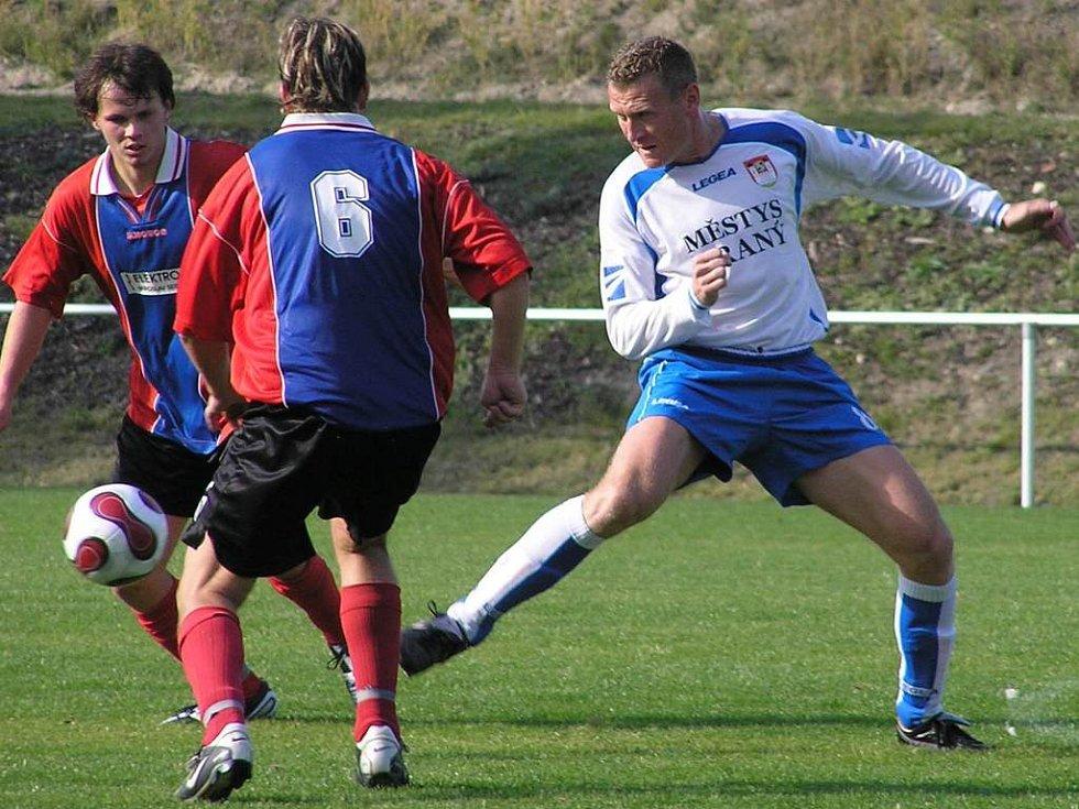 Libor Pazdera (vpravo) dal pět gólů Slaného
