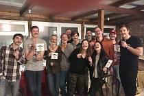 Borci LA LIGY se letos zapojili i do akce Movember a vybrali přes osm tisíc korun. Filip Gibiš je zcela vpravo